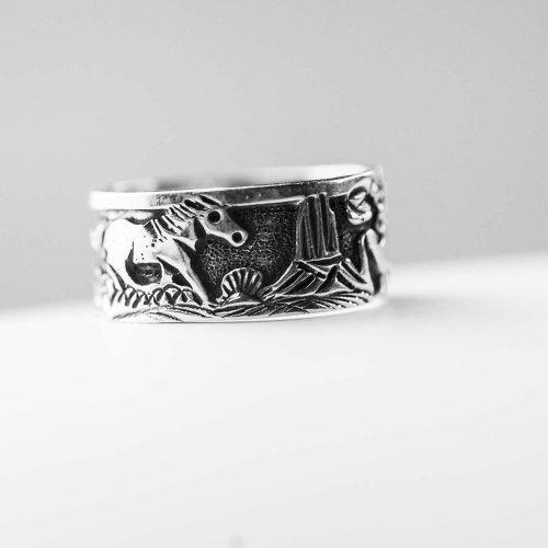 画像クリックで大きく確認できます Click↓2: ホーススタイル ナバホ ハンドメイド シルバーリング/Navajo Handmade Ring Horse Style