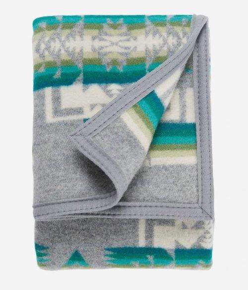 画像クリックで大きく確認できます Click↓1: ペンドルトン チーフジョセフ ムチャチョ ブランケット(グレー)/Pendleton Chief Joseph Muchacho Blanket(Grey)