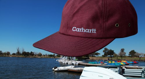 画像クリックで大きく確認できます Click↓3: カーハート ロゴ キャップ(ワイン)/Carhartt Logo Cap(Wine)